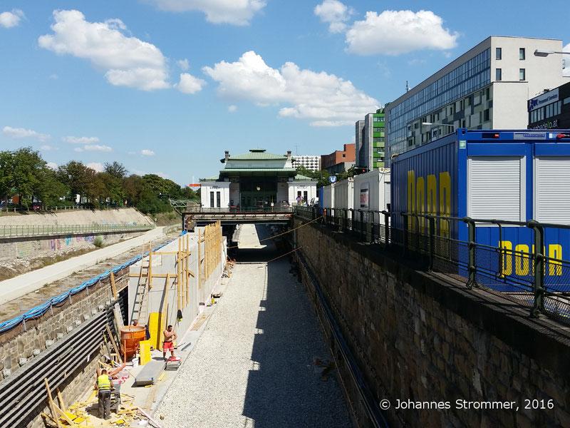 NEU4 - Modernisierung der U-Bahnlinie U4 (01.07.2016), Station Ober St. Veit