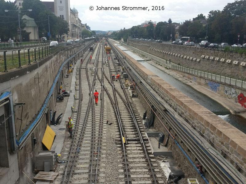 NEU4 - Modernisierung der U-Bahnlinie U4 (09.08.2016), bei der Station Hietzing