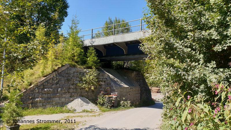 Brücke über den Moosbachgraben