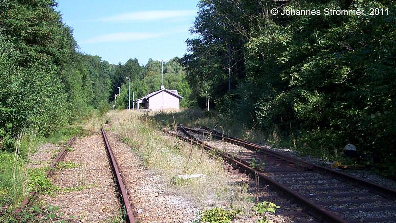 Bahnstrecke Weissenbach-Neuhaus - Hainfeld (Leobersdorfer Bahn); Weiche für Stumpfgleis im Bf. Gerichtsberg.
