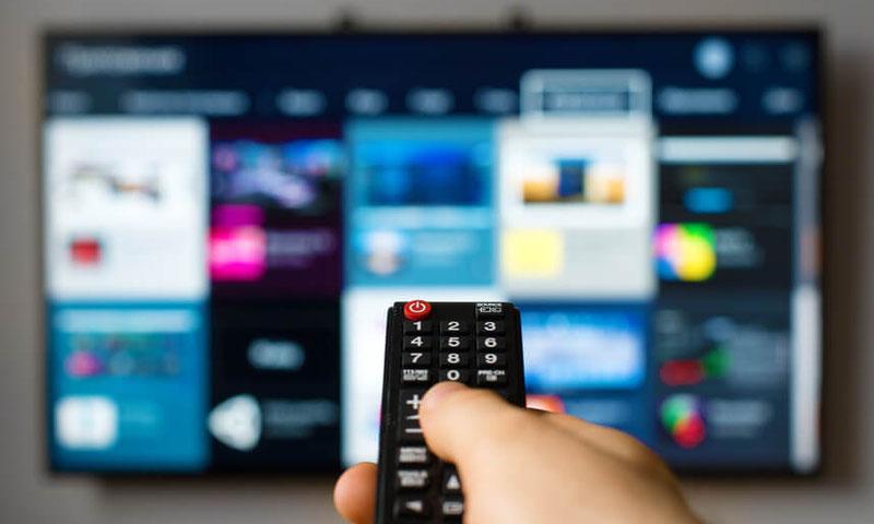 Bild Fernbedienung eines Fernsehers