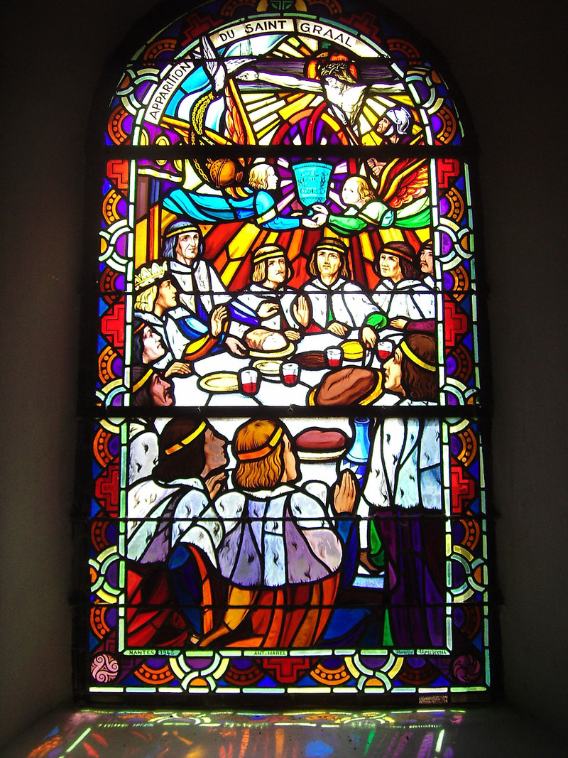 Broceliance - Kirche St. Gral - Glasfenster mit den Ritter der Tafelrunde