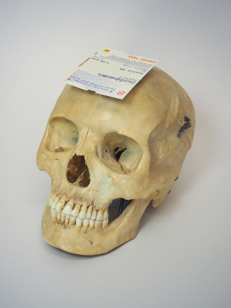 Alessandro Rauschmann Artefact Skull Metroticket culto delle anime pezzentelle