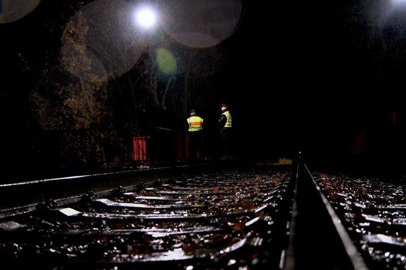 """Novemberregen an den Schienen"""