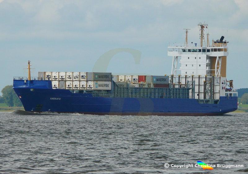 Feeder Containerschiff ANDANTE, Elbe 07.09.2018