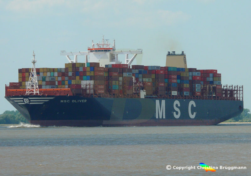 Containerschiff MSC OLIVER