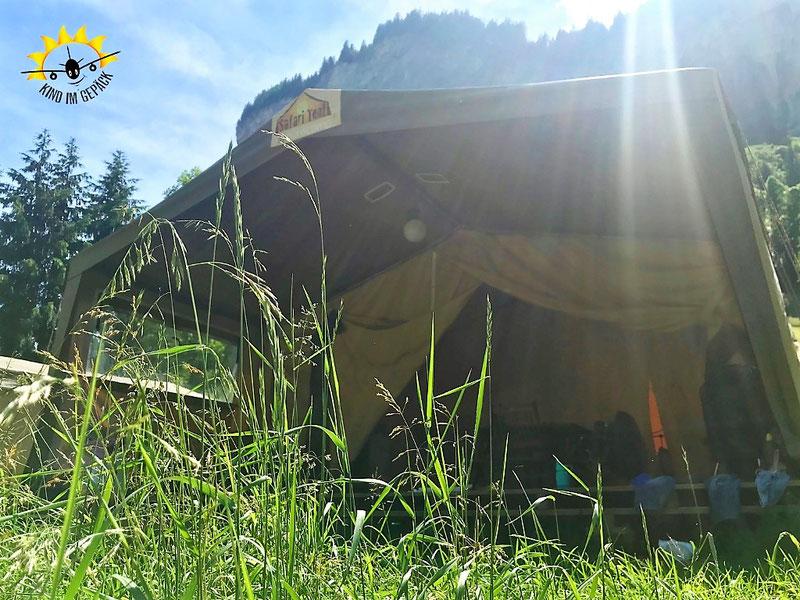 Safari-Zelt am Fuße des Jungfrau-Gletschergebiets in Lauterbrunnen.