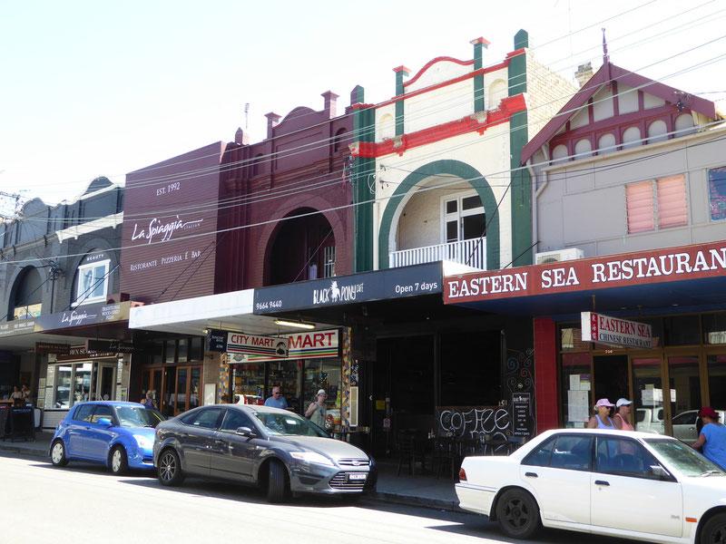 Hauptstraße in Coogee Beach, NSW, Australien