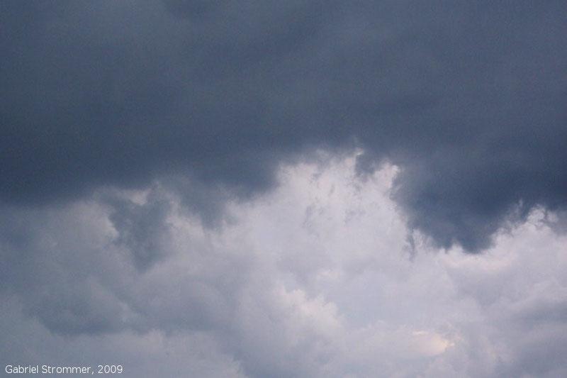 Wolkenunterseite einer mächtigen Haufenwolke