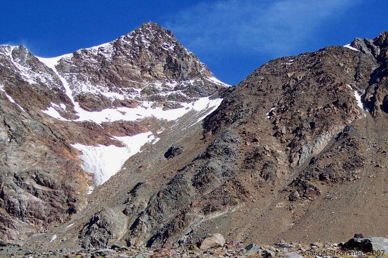 Die Wildspitze von Süden, vom Seuffertweg aus gesehen