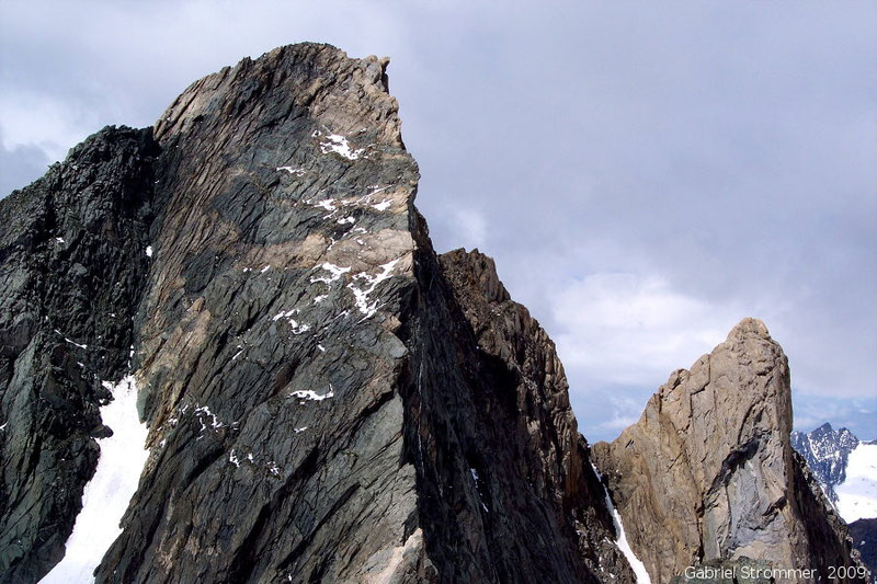 Hoher Eichham (3371 m) links und Eichamturm rechts vom Niederen Eichham (3249 m) aus gesehen