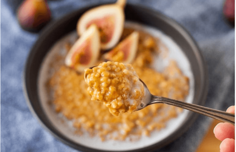 Grab your quarantine food list to make these quarantine meals! There are lots of ideas for easy pantry recipes and make ahead freezer meals. #freezermeal #pantrymeal #quarantine #recipe #easyrecipe #dinner #lunch #breakfast #dessert #snackrecipe #frozen