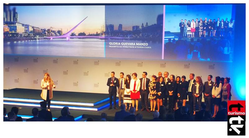 Gloria Guevara Manzó  y el Equipo del Global Summit del WTTC en Buenos Aires