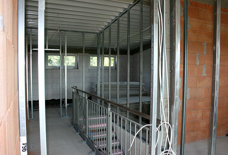 Die Leichtbauweise lässt die klare Struktur und die Funktionalität des neuen Vereinsheims erahnen.