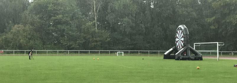 Fußballdart Berlin Regen 11teamsports