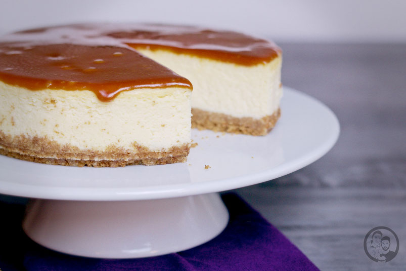 new york cheesecake mit salted caramel die jungs kochen und backen der foodblog aus k ln. Black Bedroom Furniture Sets. Home Design Ideas
