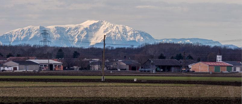 Fernsicht 230217 (Teleaufnahme Mannsdorf - Schneeberg  -- ungefähr 80 Km Luftlinie--)