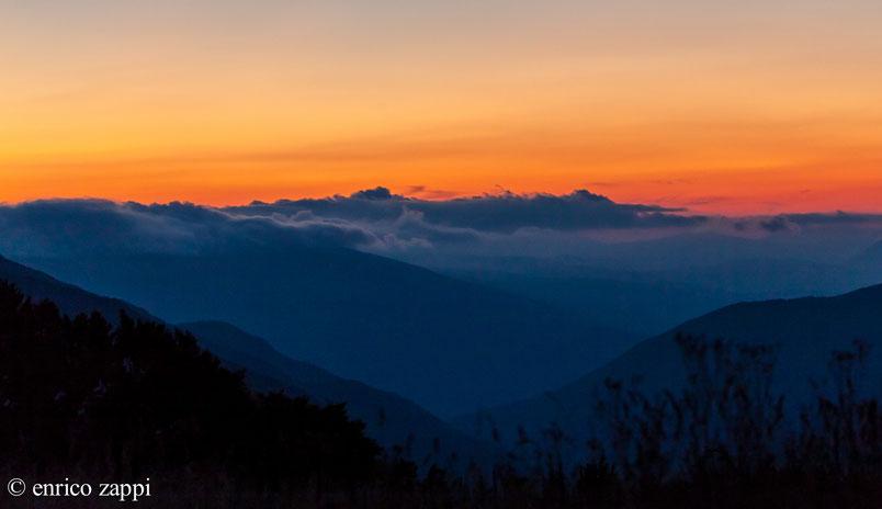Il crepuscolo serale sui Monti Sibillini.