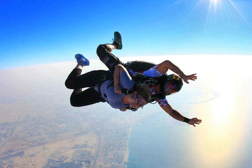 Fallschirmspringen in Dubai