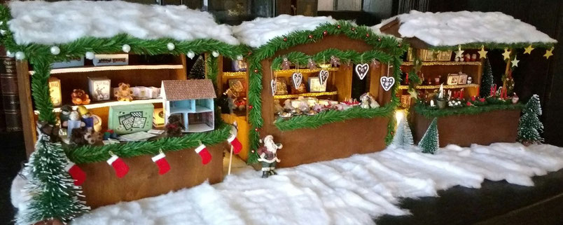 Weihnachtsmarkt 1:12