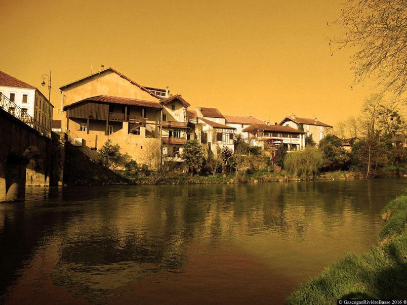 Bastide de Plaisance du Gers Arros rivière