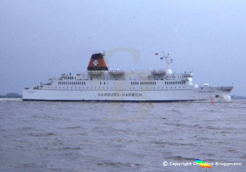 Fährschiff PRINZ HAMLET, auf der Elbe 1983