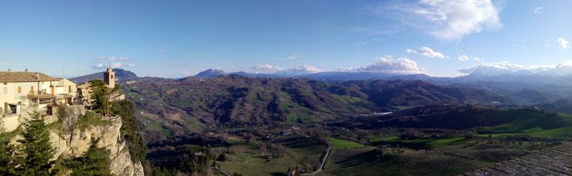 Panorama da Montefalcone Appennino