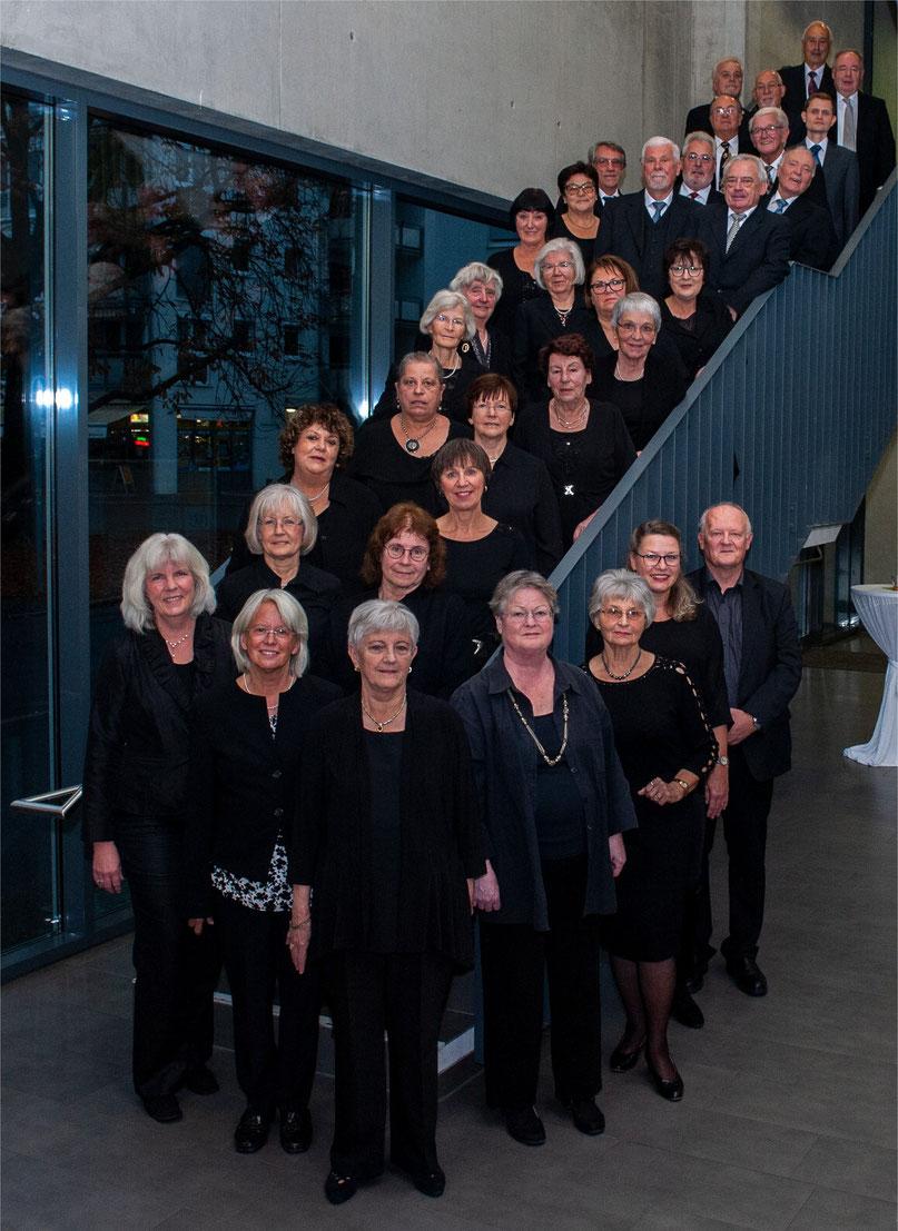 Gemischer Chor bei Jahreskonzert 2018 im Bürgerhaus Möhringen, Foto: Thomas Santamaria (MeinMöhringen)