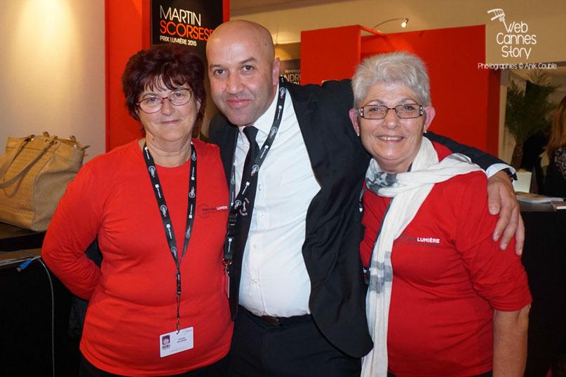 3 bénévoles, lors de la fête en leur honneur - Clôture du Festival Lumière - Lyon - Octobre 2015 - Photo © Anik COUBLE