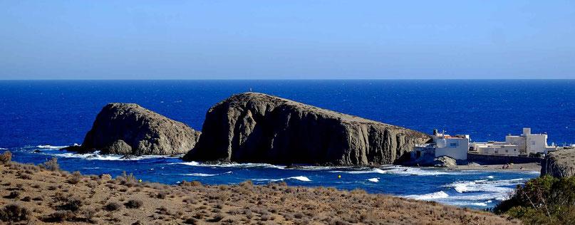Photographie, Espagne, Andalousie, cabo de gata, parc naturel, vent, plage, blanc, village, mer, paysage, littoral, falaises, Mathieu Guillochon