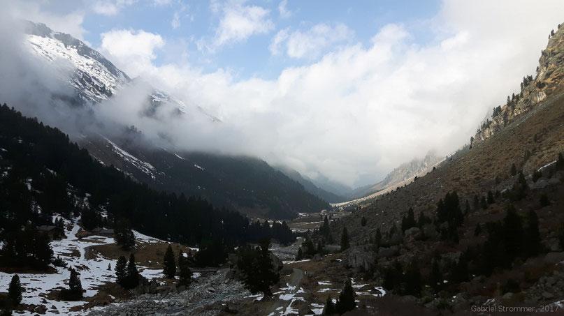 Obersulzbachtal bei der Obersulzbachhütte - Blick talauswärts