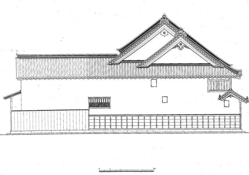 今西家住宅 東側面図/East side view