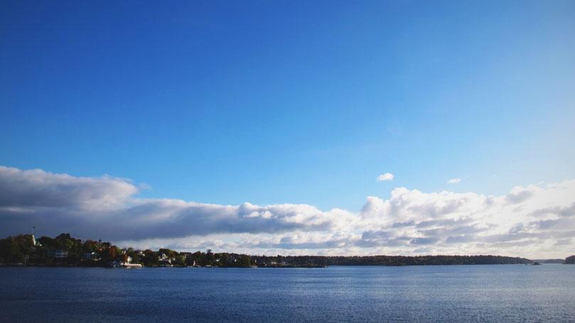 archipel stockholm ferry îles mer ciel bleu