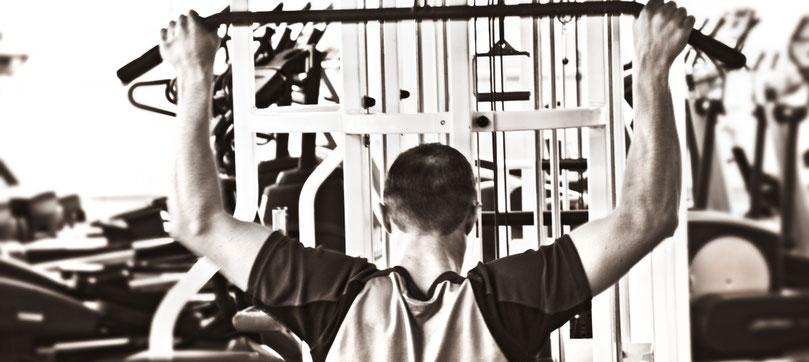 Gerätetraining Rückentraining im GYM Fuerth Fitnesstudio