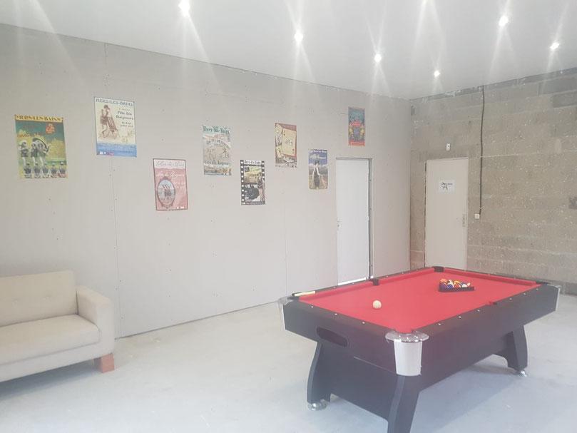 Baie de Somme, Gîte de France et Airbnb, la salle de jeux avec son billard