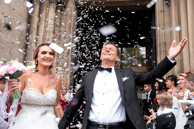 photographe mariage montpellier nimes sortie église