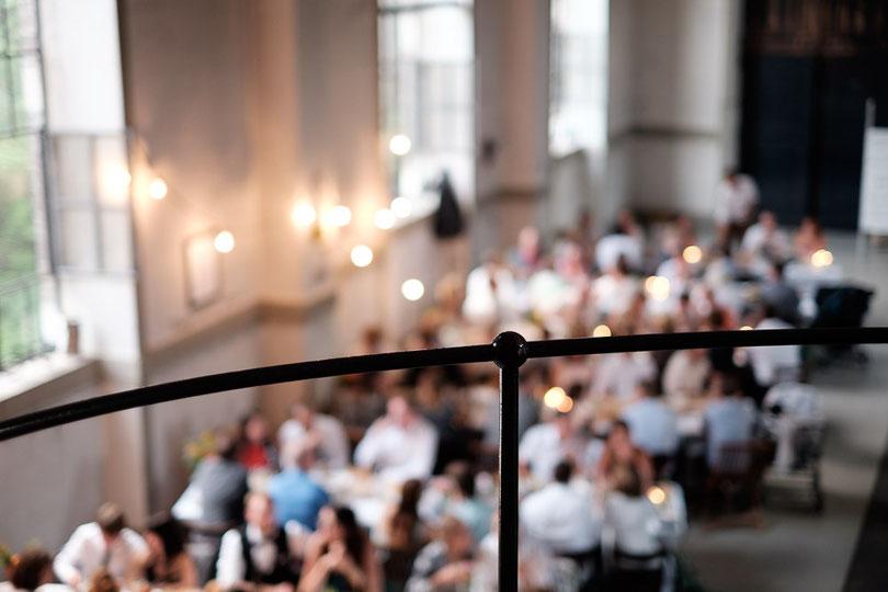 Freie Trauung, Hochzeitsredner, Bayern, München, Strauß & Fliege, Johann Jakob Wulf, Heiraten, Gründe, Wasserkraftwerk Tivoli, Eisbach