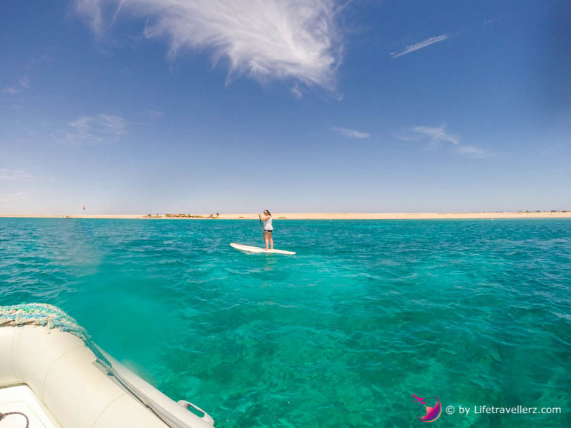 Stand Up Paddling in Somabay, Ägypten