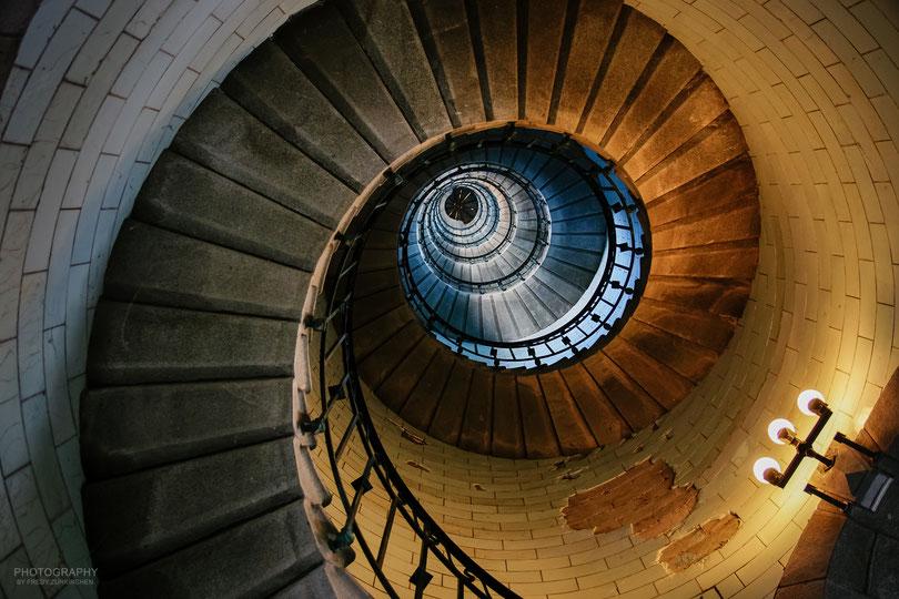 Das Treppenhaus des Phare d'Eckmühl.