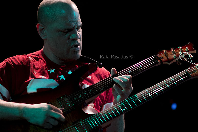 "David ""Fuze"" Fiuczynski. Screaming Headless Torsos concierto en Santiago de Compostela. 5/3/2015"
