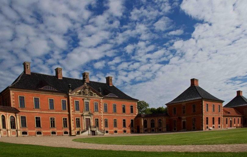 noch am Schloss Bothmer im Nachbarort Klütz.