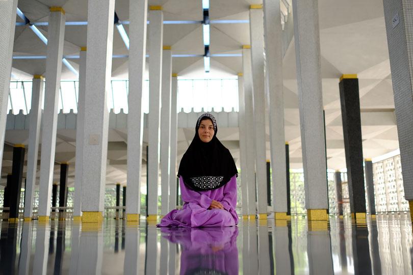 In der National Moschee, Kuala Lumpur