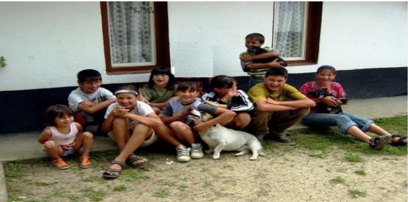 Mugurel mit seinen Geschwistern aus dem Jahr 2005
