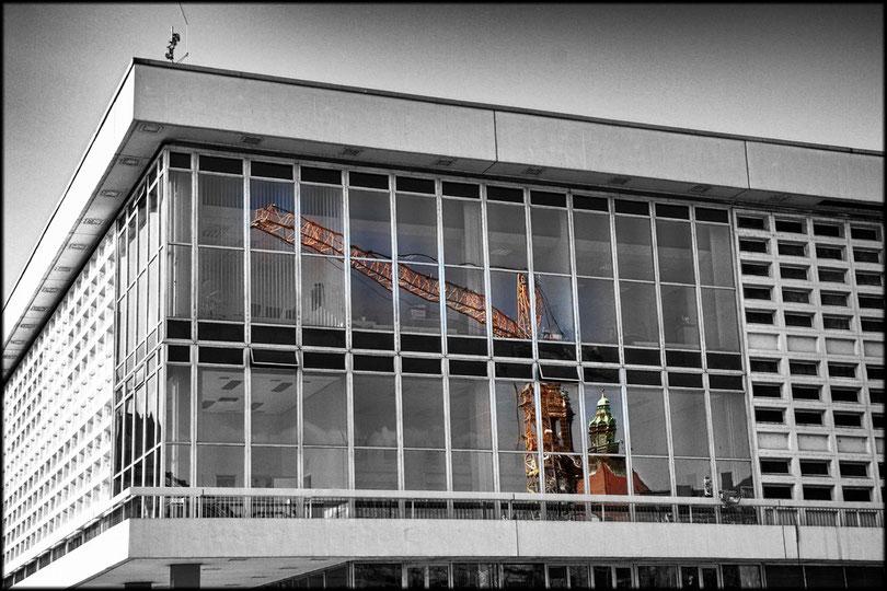 Das neue Dresden spiegelt sich schon im DDR-Kulturhaus
