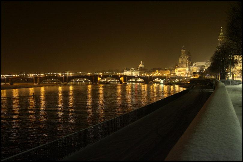 Dresden in einer Winternacht