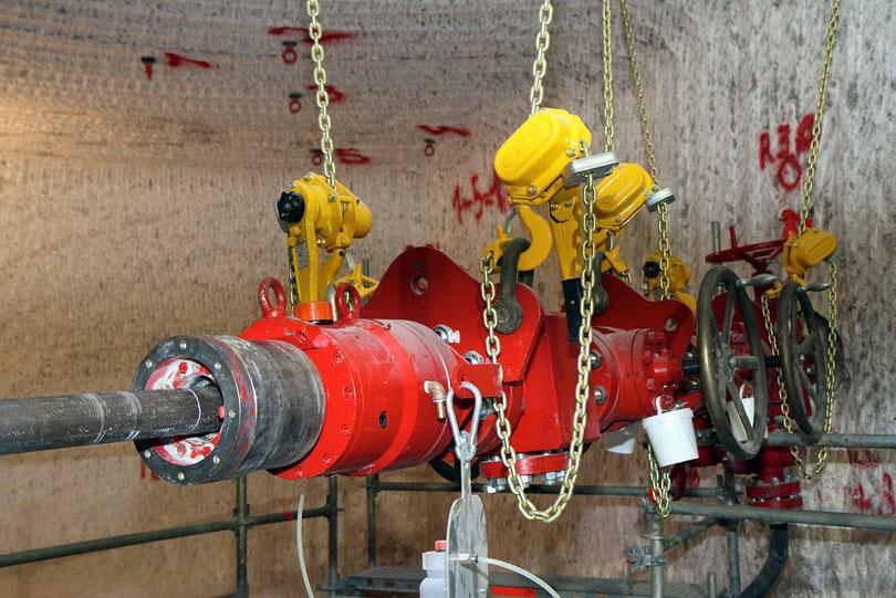 Asse: Dieser Preventer - der aus der Erdölförderung stammt - soll beim Anbohren der Kammern das Ausströmen von kontaminierten Gasen und Flüssigkeiten verhindern