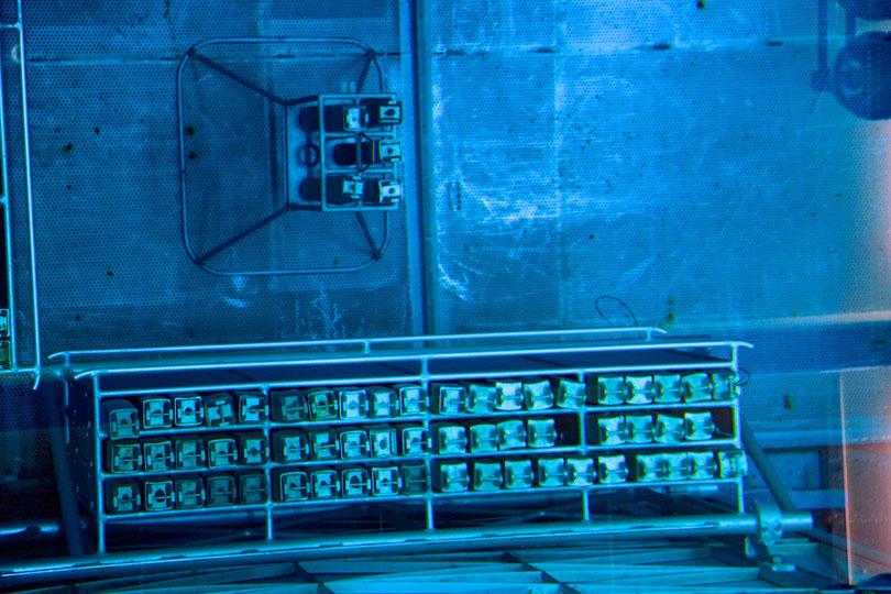 Berylliumreflektoren im Reaktorbecken