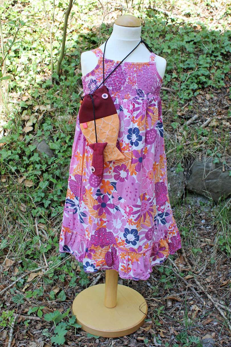 Second-Hand: Luftiges Blümchenkleid für kleine Mädchen