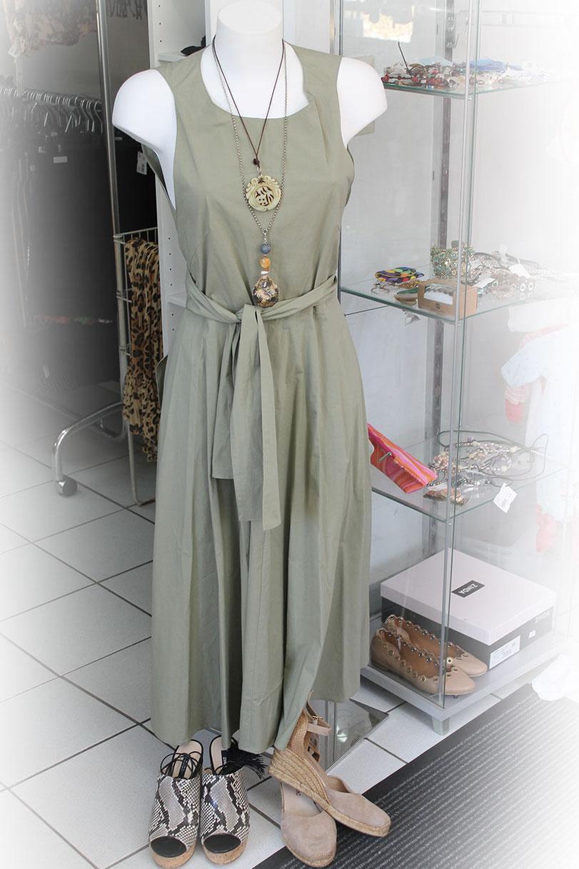 Second-Hand: Grünes Sommerkleid