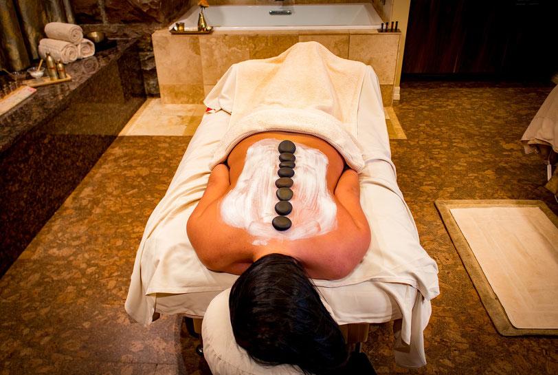 MASSAGE AUX PIERRES CHAUDES excellencewellness Spa Institut de massages / modelages Bien-être et Beauté Bio Massage Relaxant Bayonne Anglet Biarritz